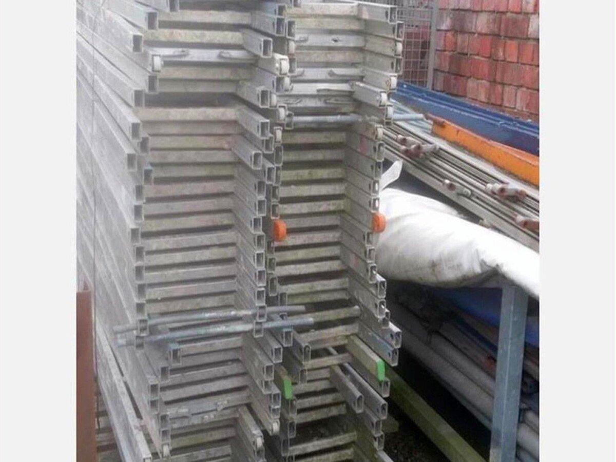 Leiter für Gerüst Durchstiegsböden